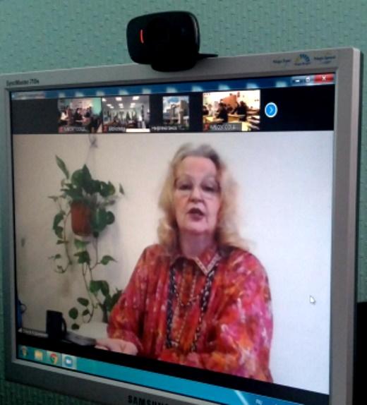 Фото Во время авторской встречи в онлайн формате со школьниками г. Нефтеюганска.